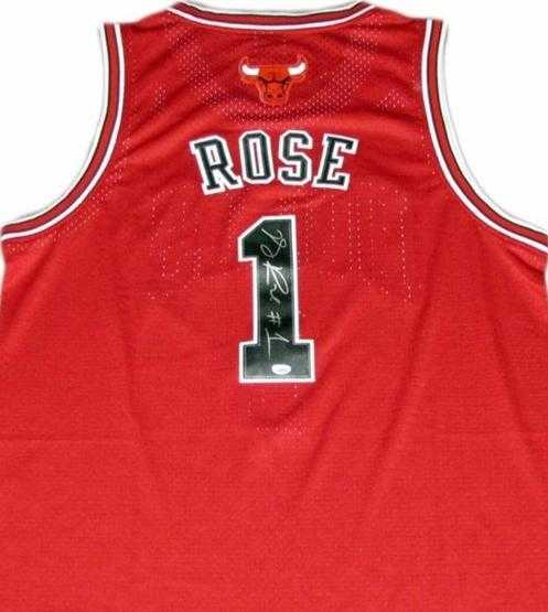 size 40 0f3b7 1b9cb Derrick Rose autographed Jersey (Chicago Bulls)