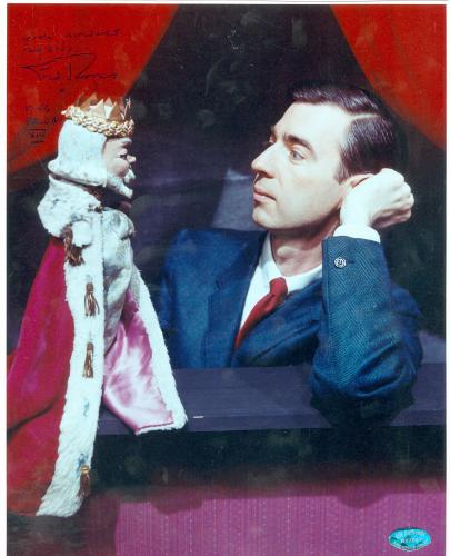 Fred Rogers Autographed 8x10 Photo Mr Rogers