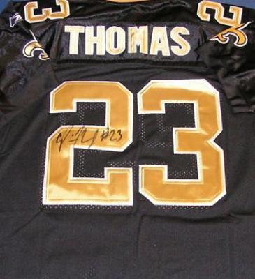Pierre Thomas autographed Jersey (New Orleans Saints)